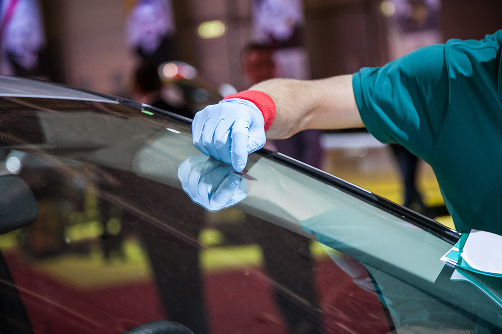 Finish Line Auto Craft | Autobody Repairs In Gardena, CA | Glass Repair And  Replacement